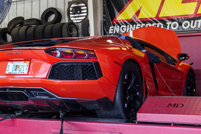 Lamborghini Aventador on the dyno with Nitrous
