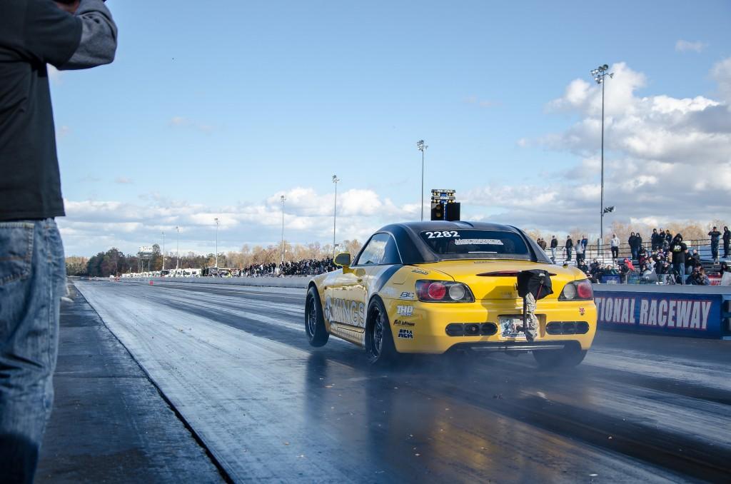 kp-yellowbullet-wheelie-mir