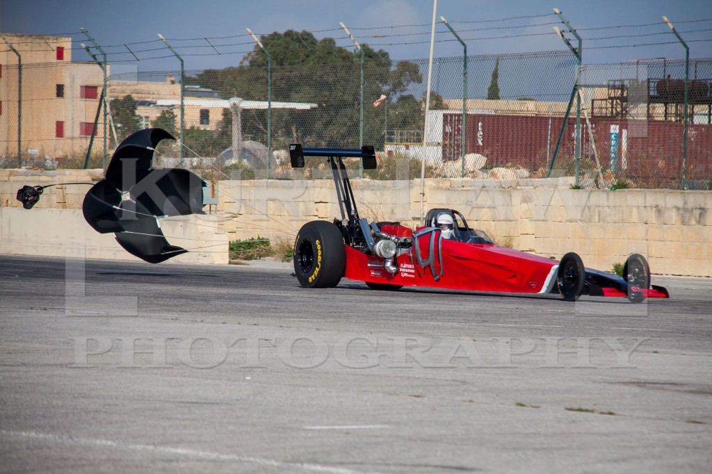 Miguel-Montebello-dragster-3